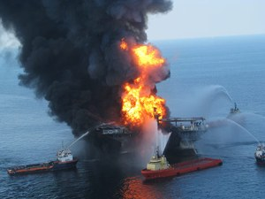 BPDeepwaterHorizon-oil-rig-fire_USCoastGuard